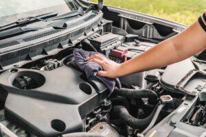 Почему двигатель автомобиля нужно мыть летом?