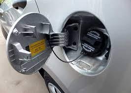 Методы устранения воды из топливного бака машины